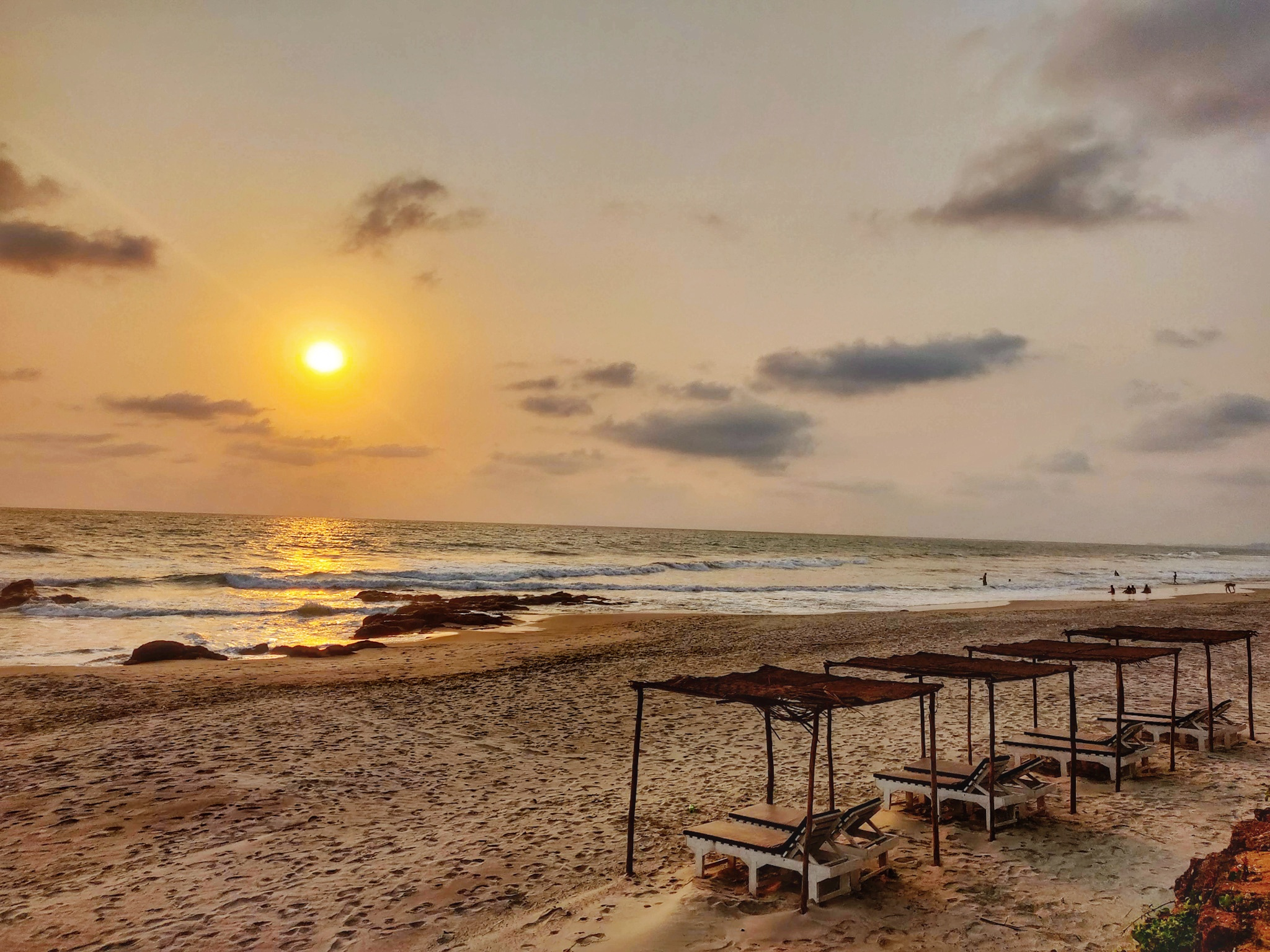 Walk by the Sea - by Vaibhav Sawatkar
